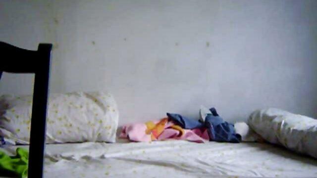 Asiático MILF e abuelas culonas en bolas hija follada por bbc novio