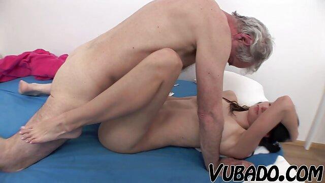 Tetona ssbbws abuelas viejas desnudas masturbar en trío